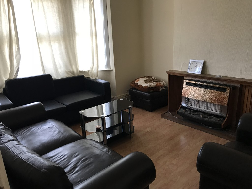 3 Bed in Alexandra Road, NW4